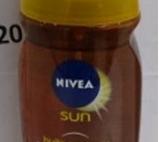 Lichidare produse Nivea - crema si spray solar, balsam buze